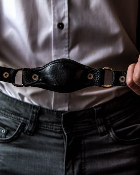 in-depth-beginners-guide-about-bdsm-scaled